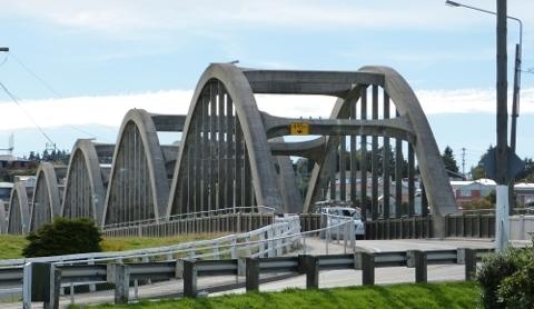 バルクルーサの太鼓橋