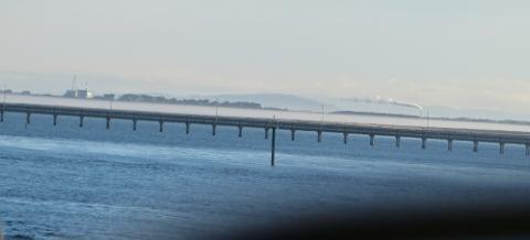 ブラフの海のかかる橋