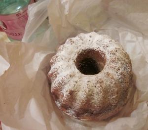 朝市で買ったパン