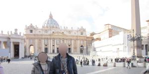 サン・ピエトロ寺院広場から撮ったサン・ピエトロ寺院
