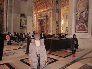 サン・ピエトロ寺院内部