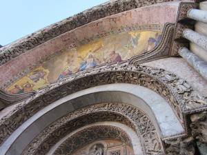 サン・マルコ寺院入り口モザイク画