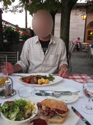 ザルツブルクの一日目の夕食の写真