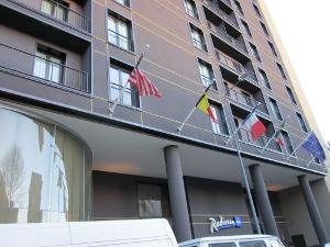 ホテル-ラディソンBLUの正面玄関