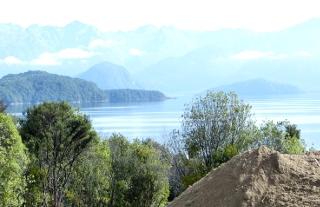 マナポウリ湖