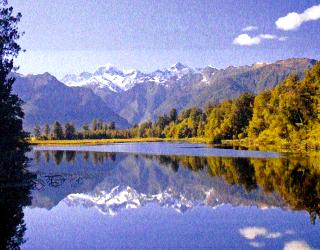 マセソン湖とサザンアルプス