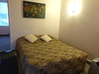 モナーク・モーテルのベッドルーム