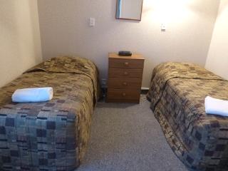 モナーク・モーテルの二つ目のベッドルーム
