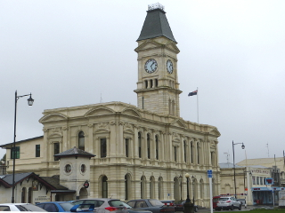 NZのオアマルの町の旧郵便局