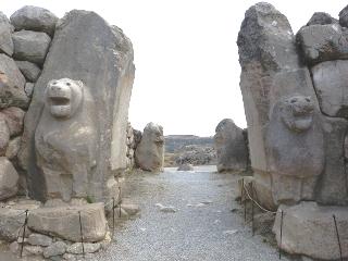 ヤズルカヤ遺跡のライオンの門