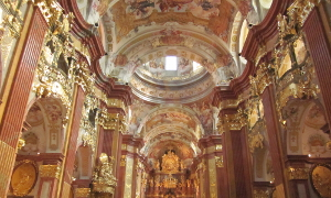 メルク修道院の内部のようす
