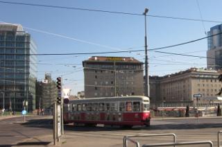ウィーン市内を走る路面電